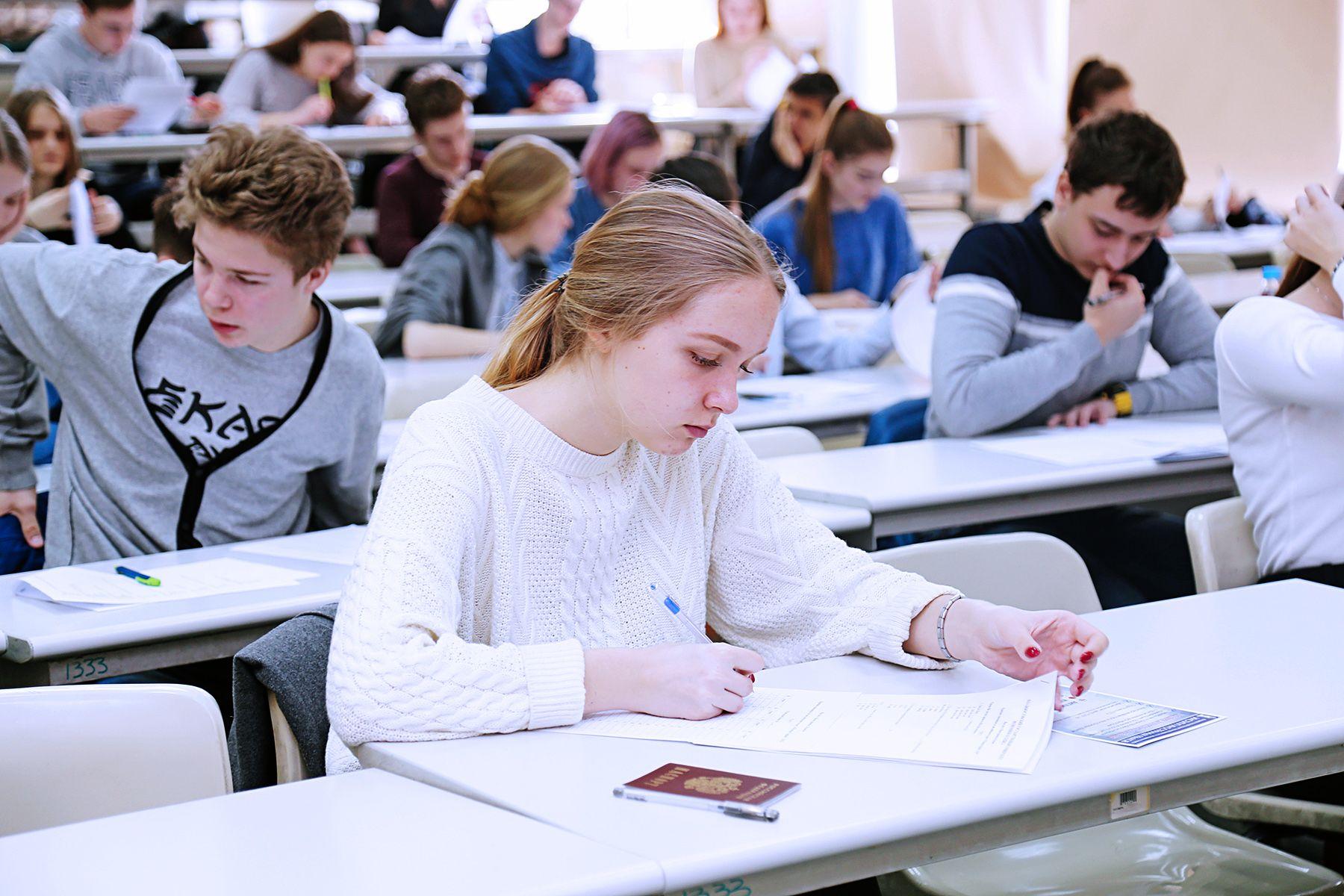 Сегодня участник «Olympic English», завтра – студент ВГУЭС: объявлены итоги Краевой олимпиады по английскому языку