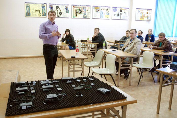 Во ВГУЭС прошел семинар по охранным сигнализациям и аудиосистемам
