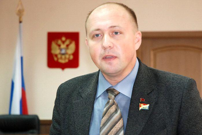 Общественно-политический клуб ВГУЭС собрался в Зале судебных заседаний