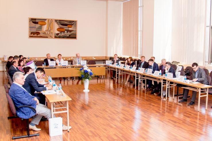 Заседание Совета ректоров Дальневосточного федерального округа, посвящённое юбилею ВГУЭС