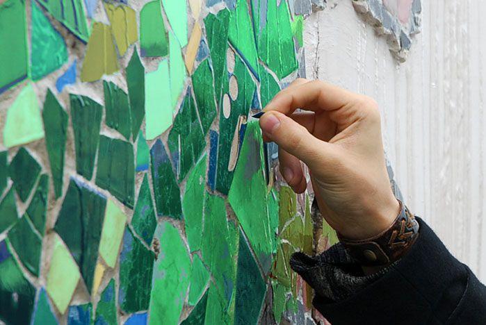 Идет сбор материалов для мозаичного панно в кампусе