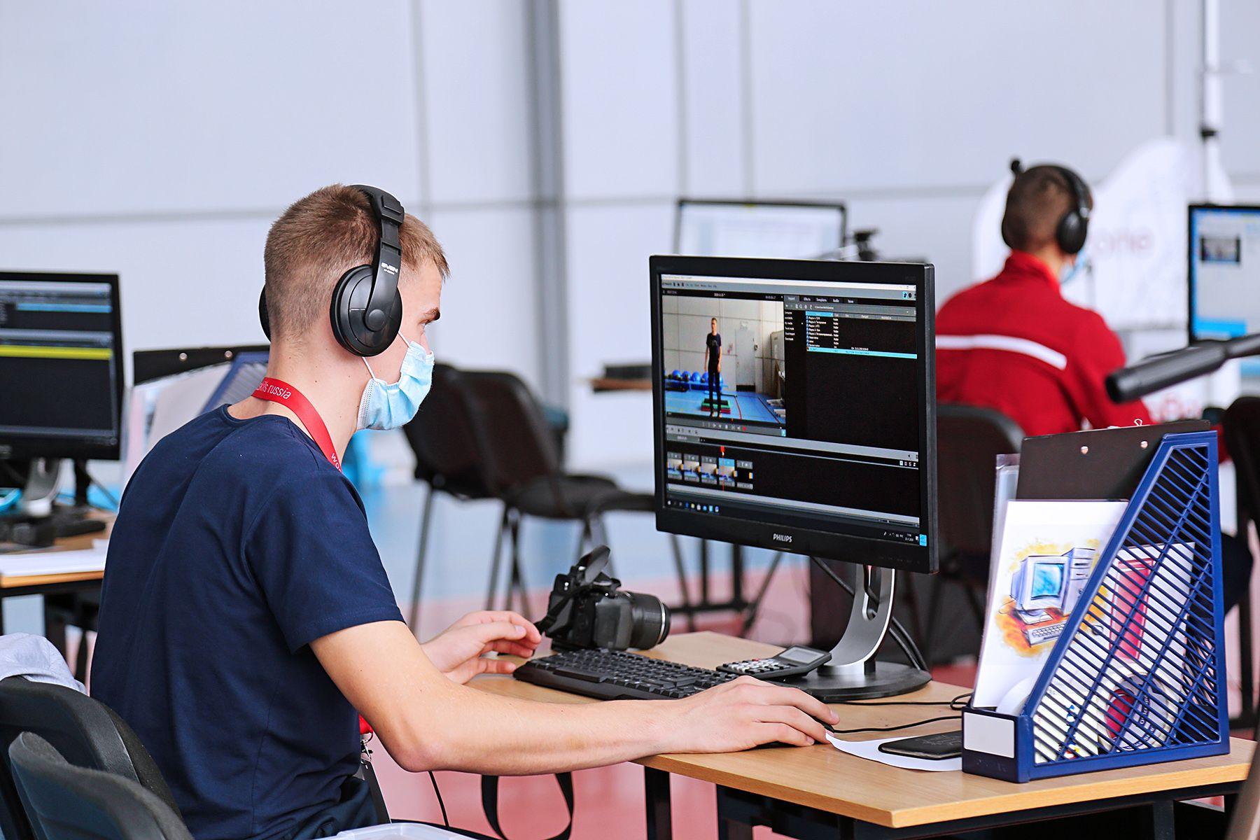 VI Открытый региональный чемпионат «Молодые профессионалы» (WorldSkills Russia) начал свою работу в КСД ВГУЭС по 3 компетенциям
