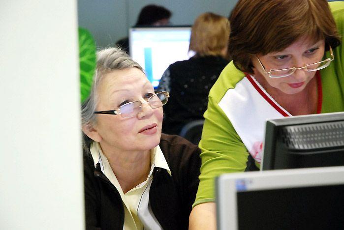 Школьные библиотекари учатся во ВГУЭС применять инновационные технологии