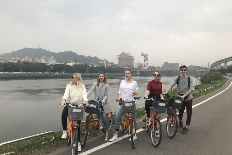 Студент ВГУЭС: путешествуй и рассказывай