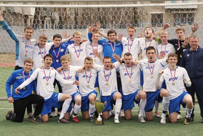 Сборная команда Спортивного студенческого клуба ВГУЭС – лидер Национальной студенческой футбольной лиги