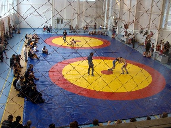 В спортивном комплексе «Чемпион» выявили наиболее перспективных борцов, чтобы составить сборную края