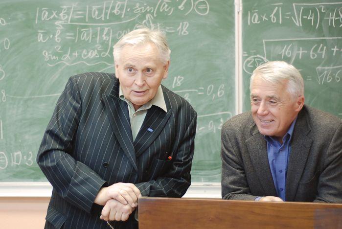 Директор Высшей школы телевидения Валерий Бакшин стал гостем кафедры публичного права ВГУЭС
