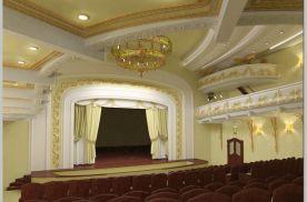 Банеева Евгения. Реконструкция театра молодежи в г.Владивосток