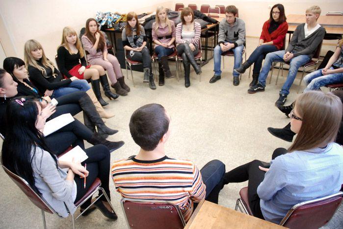 В «Бизнес-мастерской» первокурсники ВГУЭС учатся тайм-менеджменту, самопрезентации и эффективной коммуникации