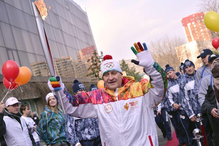 Огонь XXII Олимпийских Зимних игр 2014 года в г. Сочи побывал во ВГУЭС дважды