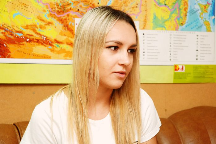 Волонтер ВГУЭС Карина Субботина сопровождала премьер-министра Дмитрия Медведева в Олимпийской деревне
