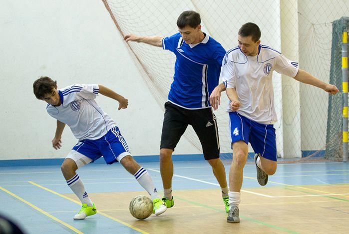 Команда «Интернационал» ВГУЭС блестяще проявила себя на Международном Новогоднем турнире по мини-футболу «Кубок Чемпиона»
