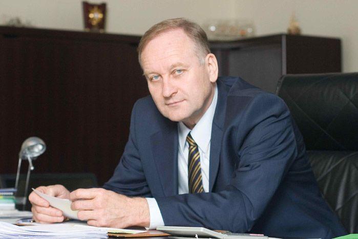 Геннадий Лазарев: Сколько стране нужно юристов и экономистов