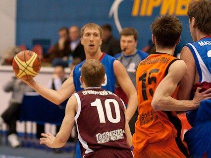 Команда баскетболистов ШИОД примет участие в первенстве России