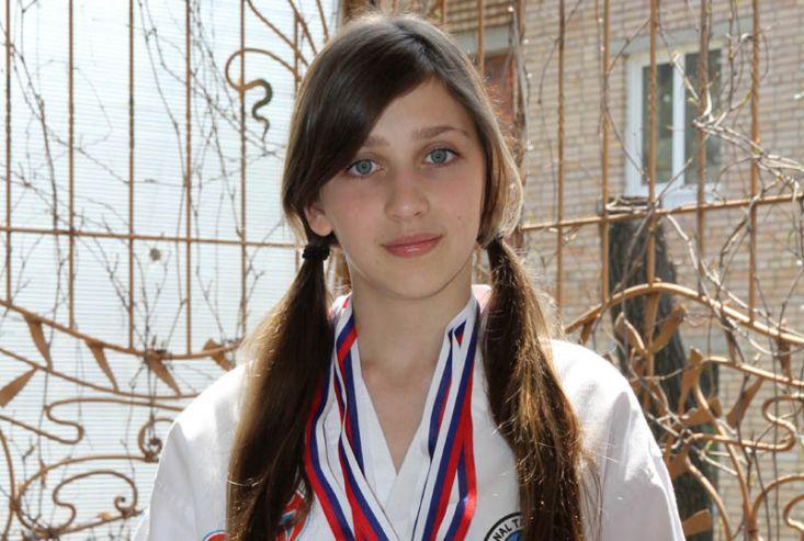 Ученица 6 М1 класса стала двукратной абсолютной чемпионкой Приморского края по тхеквондо I T F