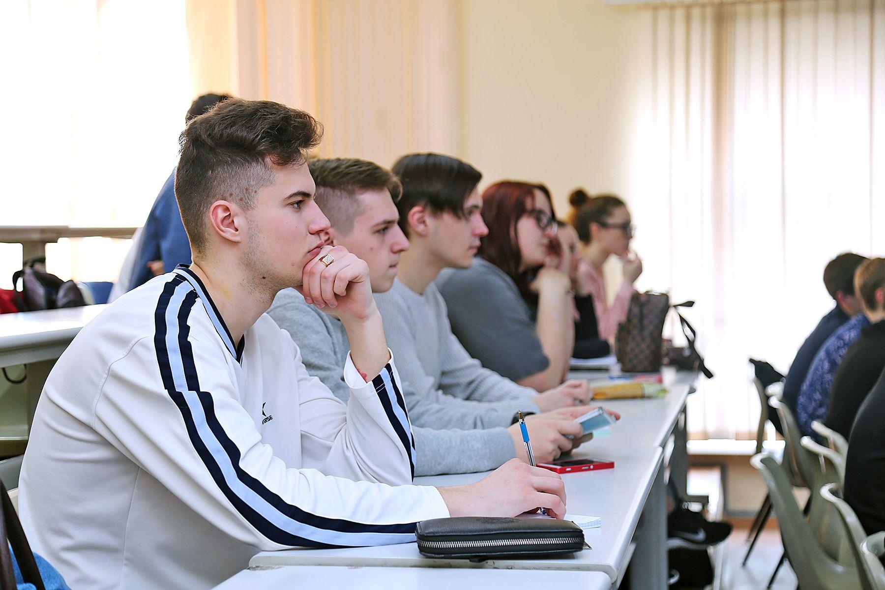Во ВГУЭС 29 студентов переведены на «бюджет»