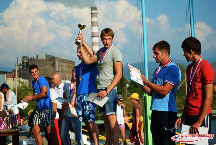 Гребцы ВГУЭС победно завершили сезон 2013 года