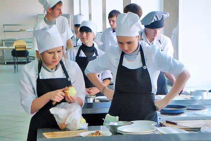 В КСД ВГУЭС прошел мастер-класс, приуроченный к празднику «День яйца»
