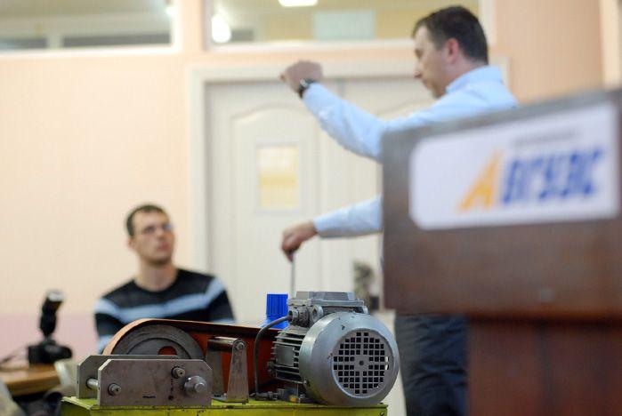 Во ВГУЭС прошёл семинар по автохимии от компании «AGA»