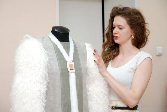Дизайнеры ВГУЭС представили авторские коллекции одежды