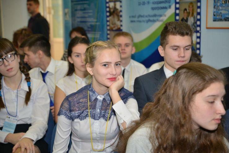 Школа-интернат ВГУЭС для одарённых детей задаёт «Вектор успеха»