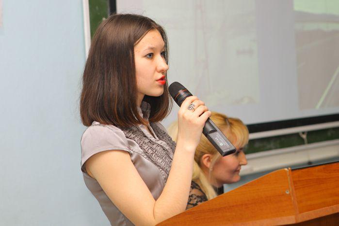 Во ВГУЭС обсудили проблемы Дальнего Востока на английском языке