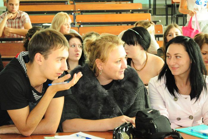 Студенческий Совет ВГУЭС поощрил старост студенческих групп