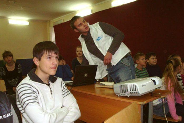 Волонтеры ВГУЭС провели олимпийские уроки на острове Русский
