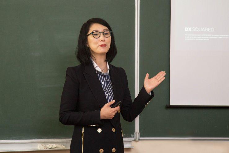 Профессор Бэк Чихи рассказала студентам ВГУЭС, почему в Африке не работает универсальный подход к маркетингу