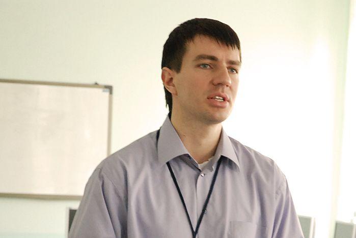Проекты стратегического развития ВГУЭС. Виктор Гриняк: «Технологии 1С, Web, Oracle – наиболее перспективные для преподавания в университете»