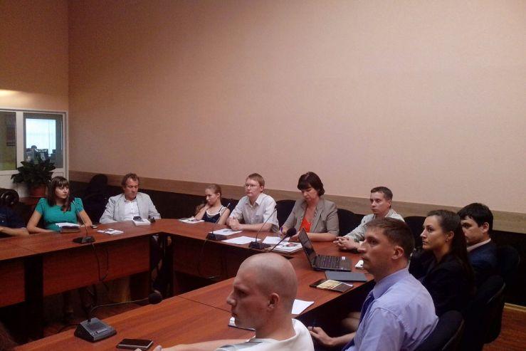 17 сентября 2013 года в Инновационном бизнес-инкубаторе ВГУЭС прошёл круглый стол в формате вебинара на тему «Альтернативные способы разрешения и урегулирования предпринимательских споров».