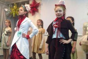 Во ВГУЭС прошел новогодний показ коллекций одежды