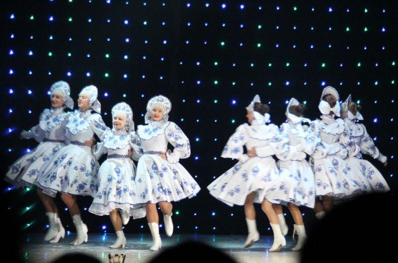 Танец Снегурочек