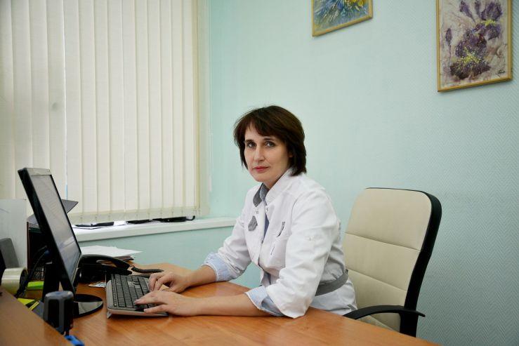 Лариса Смирнова, руководитель медицинского центра ВГУЭС: «Что необходимо знать о ВИЧ?»
