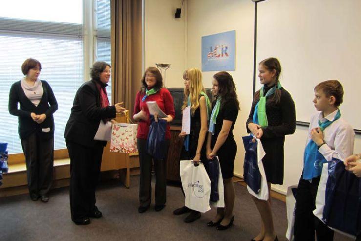 Ученики международного отделения ШИОД стали победителями финала командного конкурса «Bookworms» в Москве