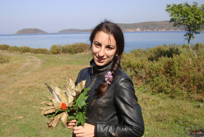 Учащиеся колледжа сервиса и дизайна ВГУЭС изучают экологию на природе