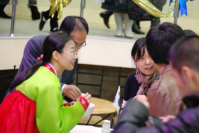 Новогодние гастрономические традиции народов Азии узнали во ВГУЭС