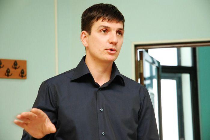 Председатель Совета директоров компании «Шинтоп» Дмитрий Царев рассказал студентам Института права и управления ВГУЭС о своем пути в большой бизнес