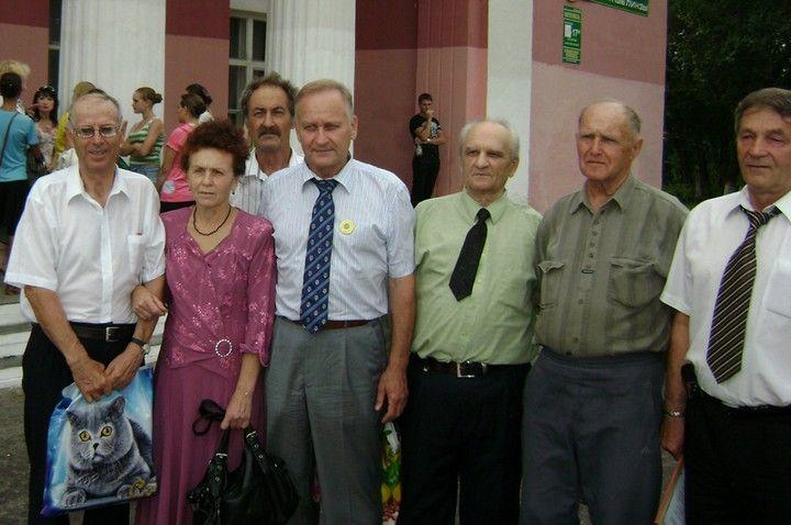 Геннадий Лазарев стал Почетным жителем Михайловского поселения