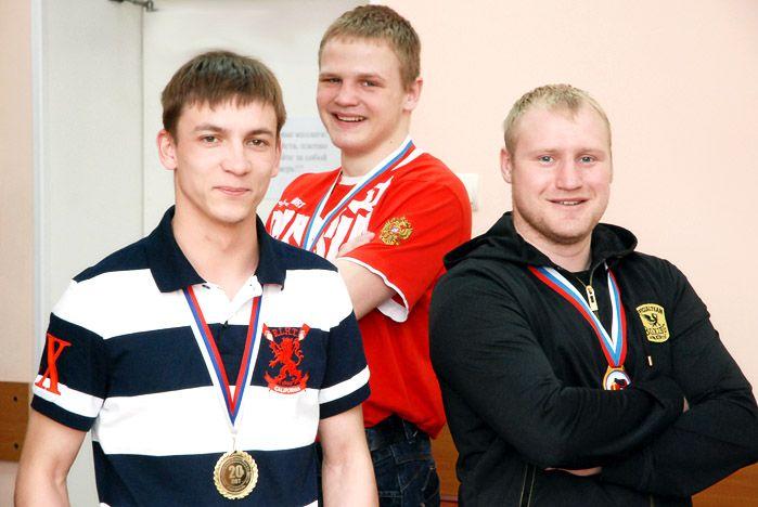 Сборная ВГУЭС победила команду ДВГУ в краевой спартакиаде по боксу