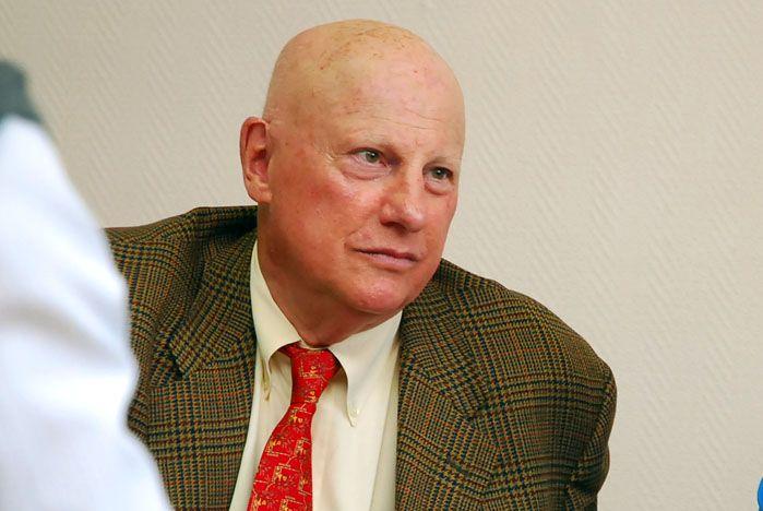 Во ВГУЭС читает цикл лекций юрист из США Вильям Харольд Левит