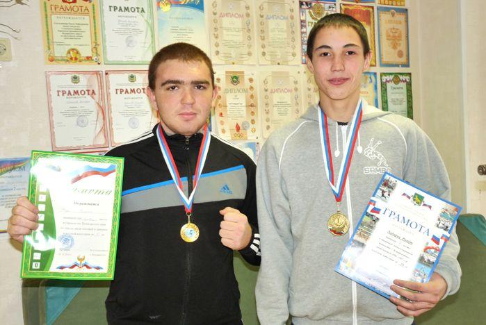 Юные борцы ВГУЭС стали лучшими на городских и краевых соревнованиях