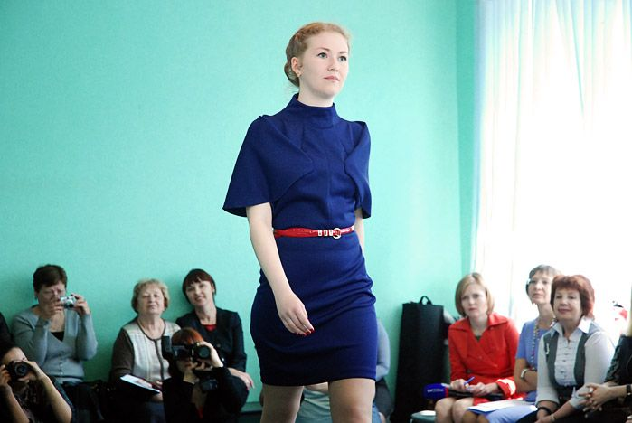 Дизайнеры ВГУЭС создали для женщин Владивостока летнюю коллекцию одежды