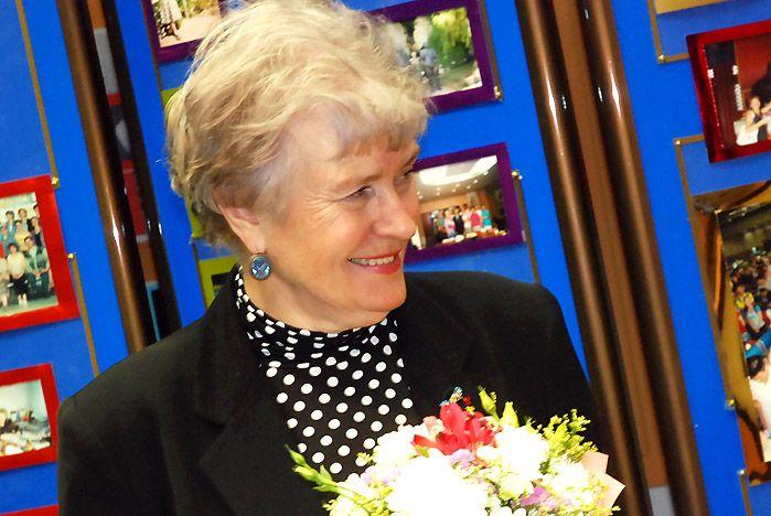 Профессор ВГУЭС Ольга Обертас приняла поздравления с юбилеем