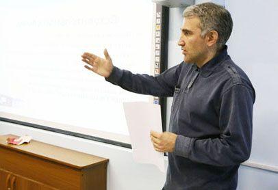 В академическом лицее прошел классный час «Культура поведения в школе и школьный этикет».